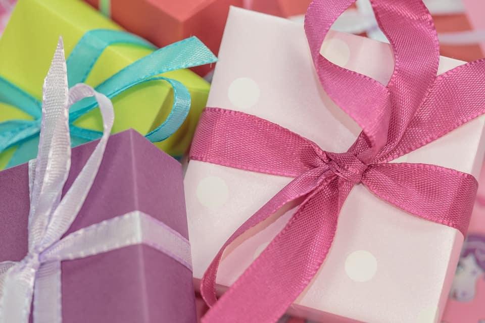 تهنئة عيد ميلاد- كيف تختار الهدية