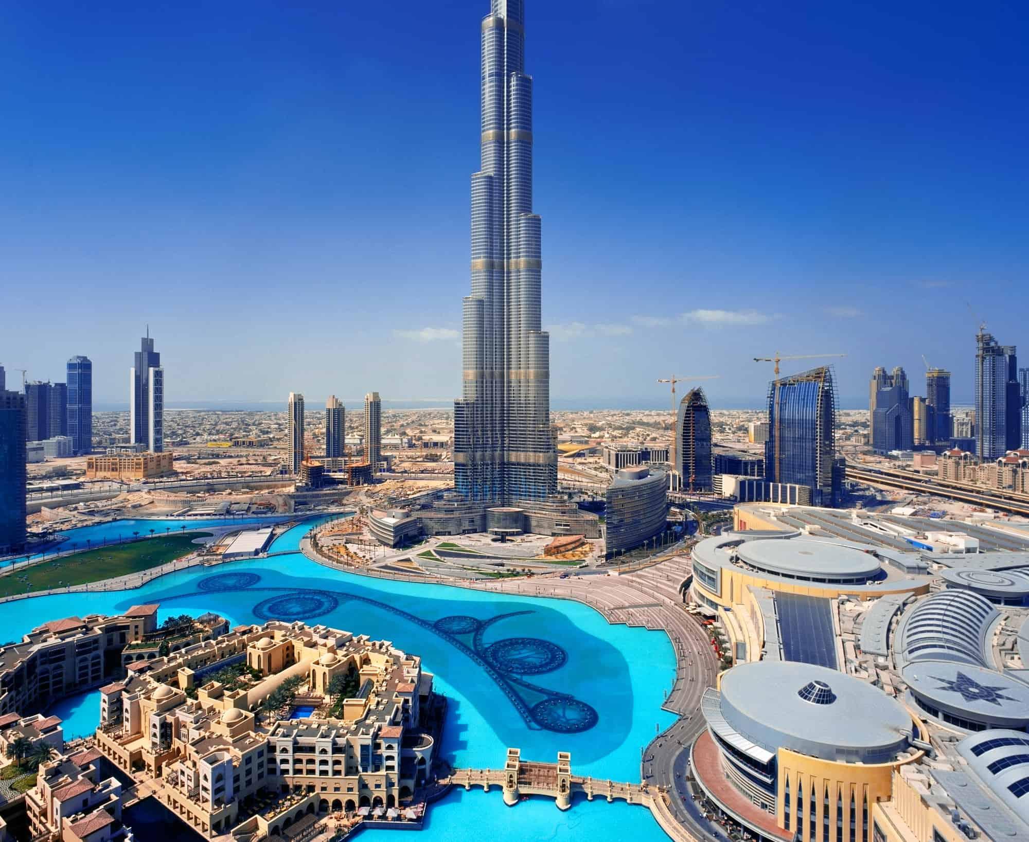 بحث عن مجتمع الإمارات بين الماضي والحاضر